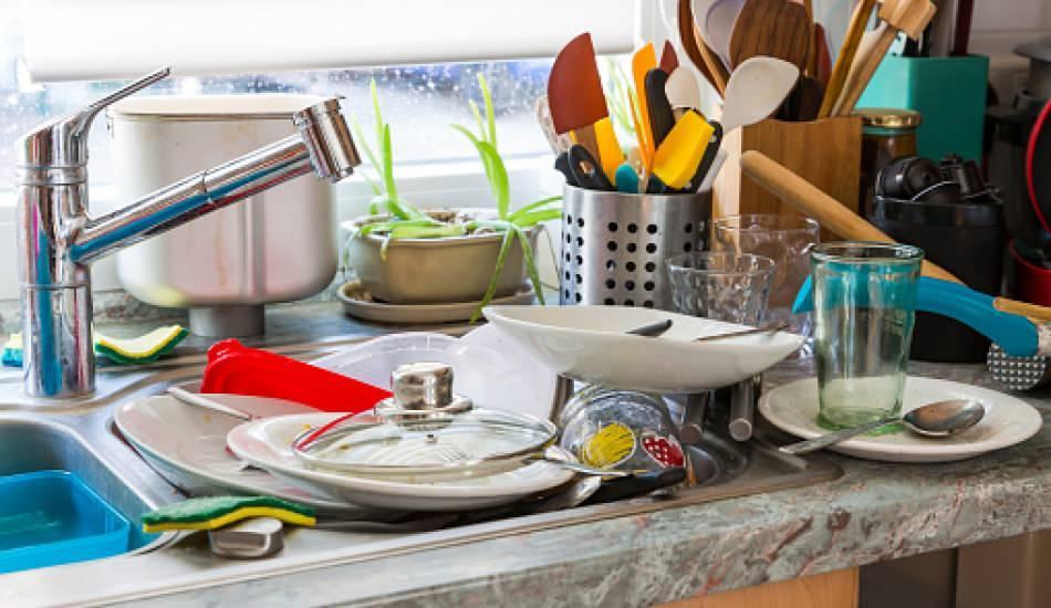 Kurumuş yemek kalıntıları nasıl giderilir? Kurumuş bulaşıklar nasıl yıkanır?