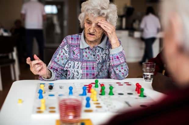 demans hastalarına sürekli beyin egzersizi yapmalı