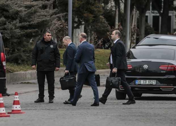 Son dakika - Rusya'dan gelen heyet, Dışişleri Bakanlığı'nda İdlib'i görüşmek üzere Türk heyet ile yeniden bir araya geldi.