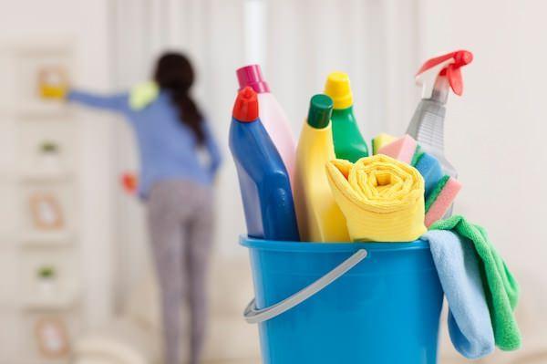 Perşembe günü ev temizliği