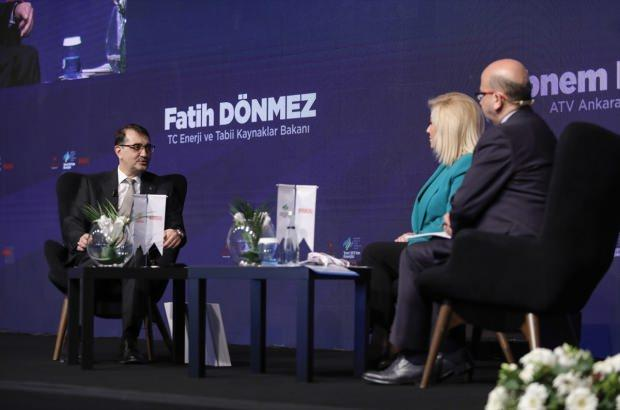 """Enerji ve Tabii Kaynaklar Bakanı Fatih Dönmez, İstanbul'da """"3. Türkiye Enerji ve Doğal Kaynaklar Zirvesi""""nde katıldı. Bakan Dönmez, moderatörlerin sorularını yanıtladı."""