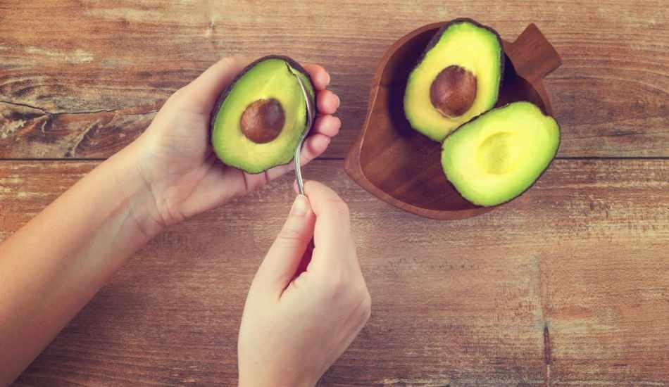 Avokado nasıl soyulur? Avokadonun çabuk yumuşaması için ne yapılır?
