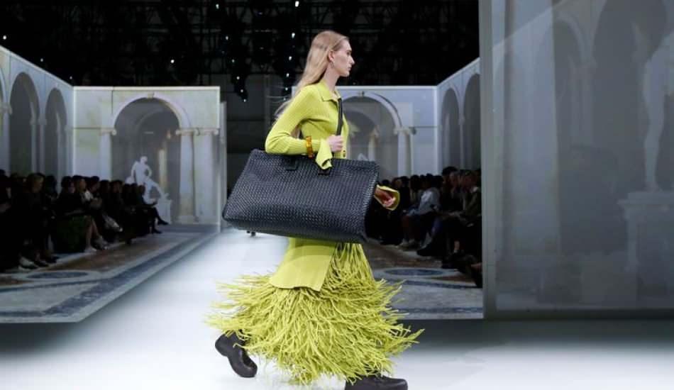 Bottega Veneta 2020 sonbahar koleksiyonunu tanıttı