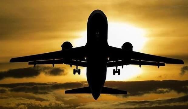 Koronavirüsü Avrupa'da uçuş trafiğini azalttı