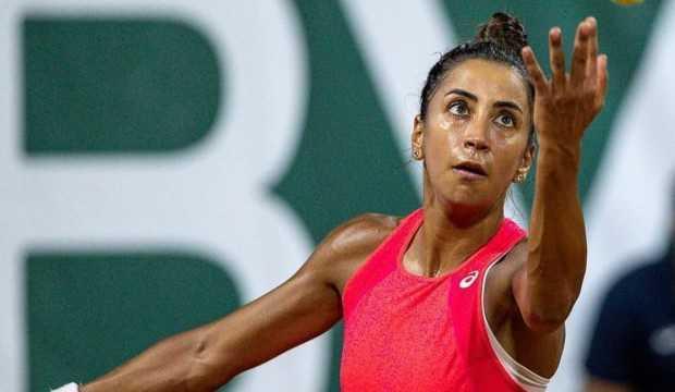 Milli tenisçi Çağla Büyükakçay'dan bir ilk