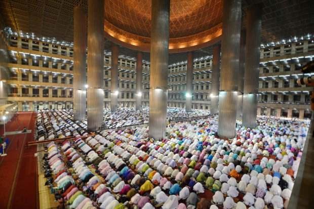 Endonezya İstiklal Camii