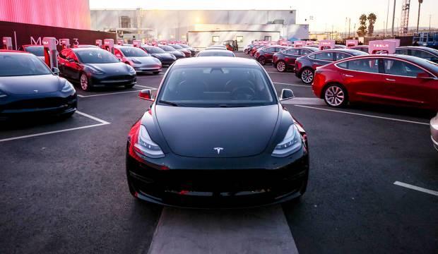 Tesla dünya devlerini geride bıraktı!