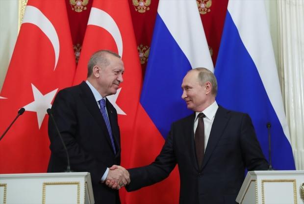 İki liderin ortak basın toplantısından bir kare....
