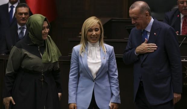 İYİ Parti'den istifa edip AK Parti'ye geçti