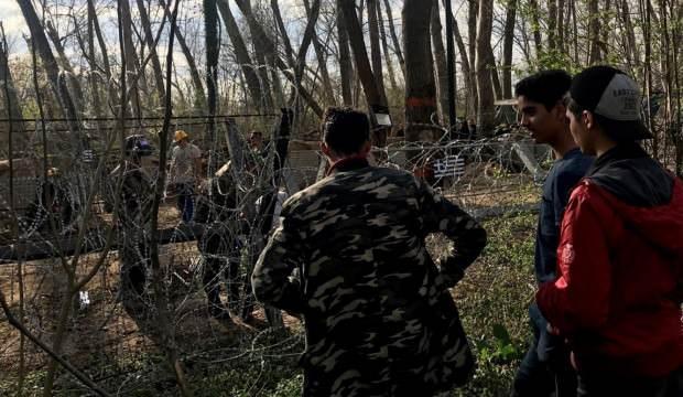 Sığınmacıların Yunanistan'a geçişi sürüyor 1