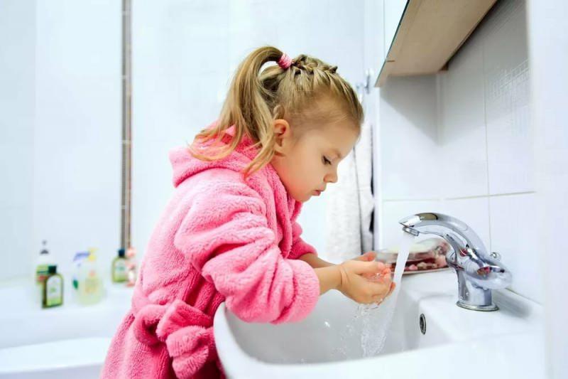 Çocuklarda el yıkama temizliği