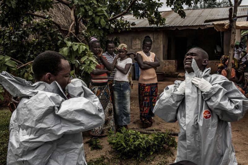 afrikada görülen ebola korku ve paniğe yol açmıştı