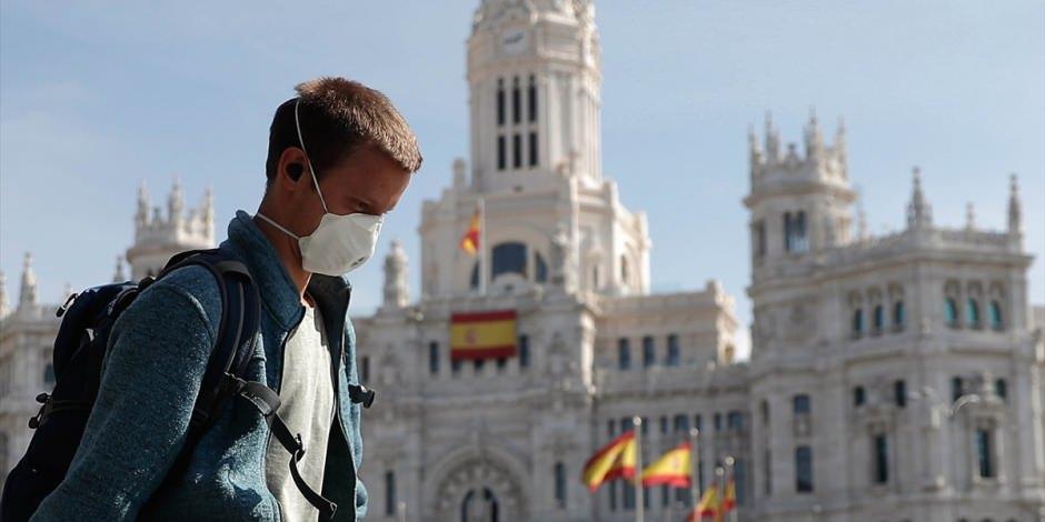 İspanya'da sokaklar bomboş kaldı