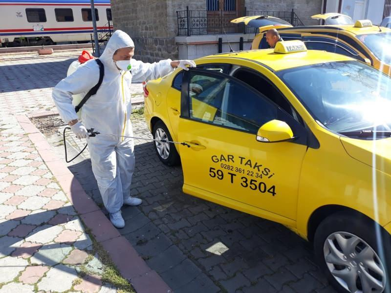 Son dakika haberi - Koronavirüse karşı mücadele ticari taksilerde de devam ediyor