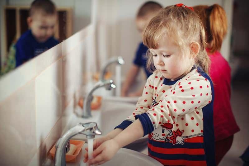 Çocuklarda el yıkama temizliği! Eller nasıl yıkanmalı?