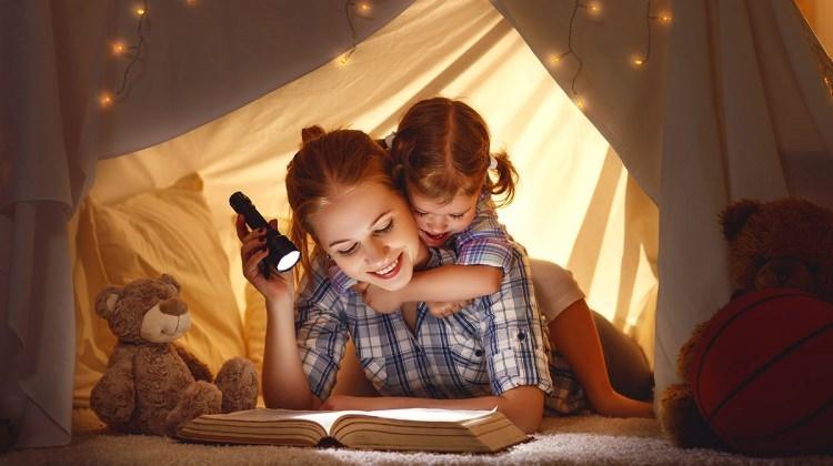 Çocuklarla evde vakit geçirmenin eğlenceli yolları