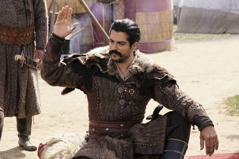 osman rolünü oynayan burak özçivit
