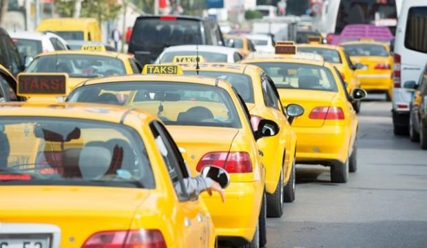 Taksiciler ve minibüsçüler sigorta prim desteği bekliyor