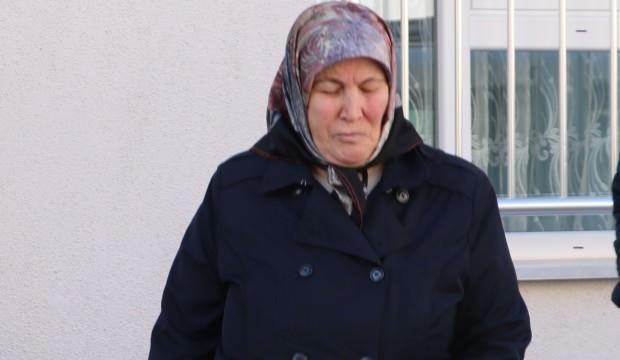 Kızıyla yaşayan 66 yaşındaki kadını dolandırdılar