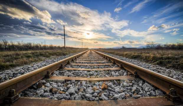 Türkiye'nin dört bir yanına demiryolu ağı örülüyor