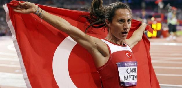 Aslı Çakır Alptekin'in CAS duruşması ertelendi!