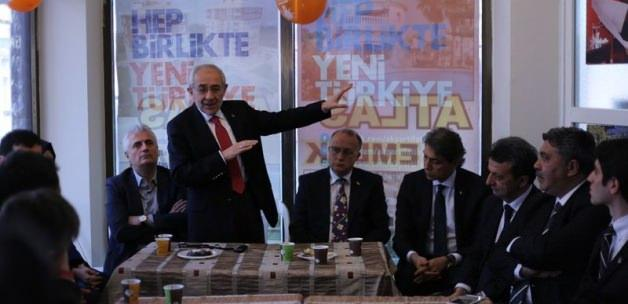 AK Partili Erdem: CHP bol keseden atıyor
