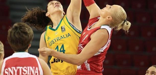 Avustralya'dan Belarus'a 42 sayı fark