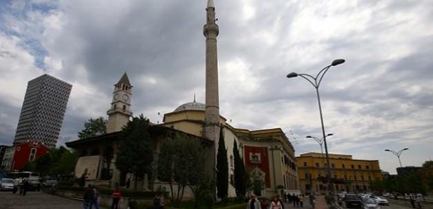 Balkanların en büyük camisinin temeli atılıyor