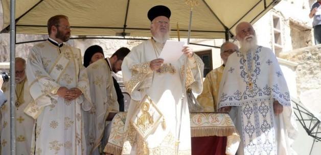 Bartholomeos'tan teröre karşı dua