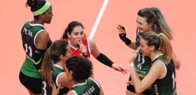 Bursa, Alman ekibini devirip yarı finale uçtu