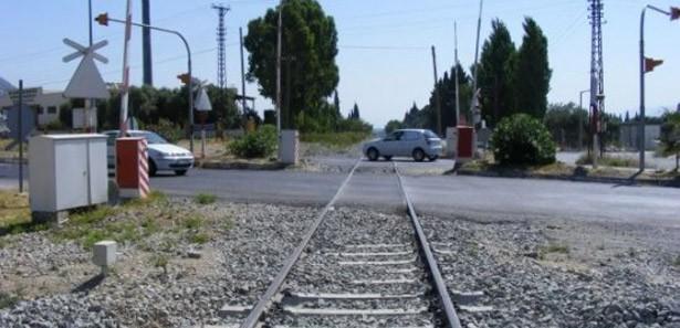 Demiryolu geçişi. Demiryolu geçişinin geçiş kuralları. Demiryolu geçişi düzenlemesi