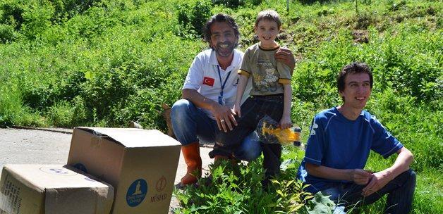 Deniz Feneri'nden 60 bin aileye gıda yardımı
