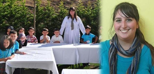 Genç öğretmen ders anlatırken hayatını kaybetti