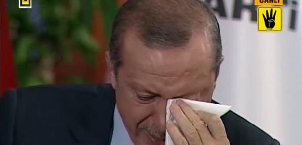 Erdoğan'ı canlı yayında ağlatan mektup