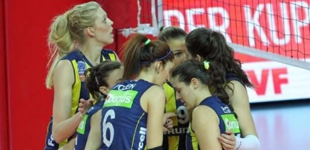 Fenerbahçe Grundig Dörtlü Final'de
