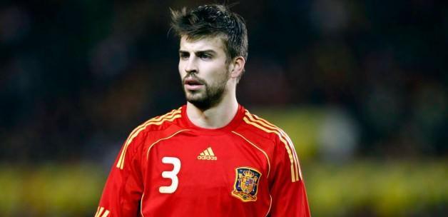 İspanya maçında Pique'ye büyük tepki!