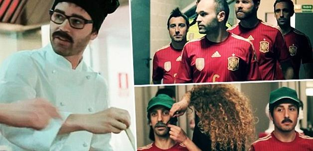 İspanyol futbolcular halka karışırsa