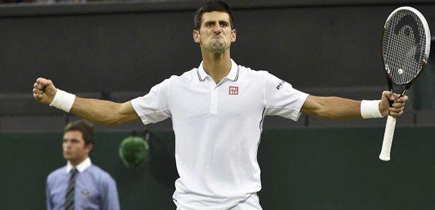 Novak Djokovic çeyrek finalde