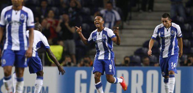 Porto'dan gol bombardımanı