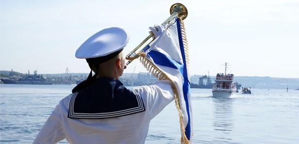 Rusya'da Deniz Kuvvetleri günü kutlandı