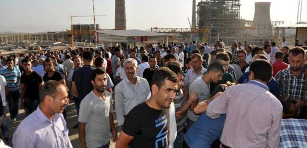 Silopi'de 400 termik santral işçisi iş bıraktı