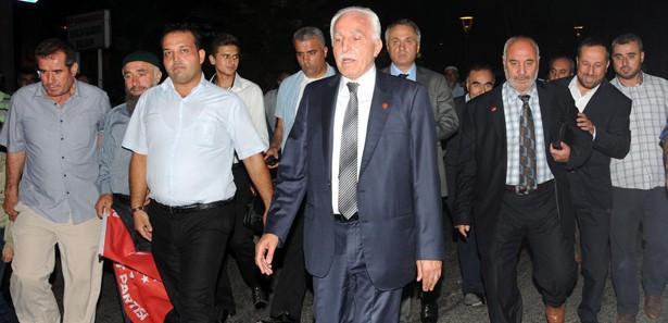 Mustafa Kamalak'a istifa sürprizi