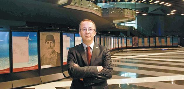 Uğur Ünal: Ermenileri  arşive bekliyoruz