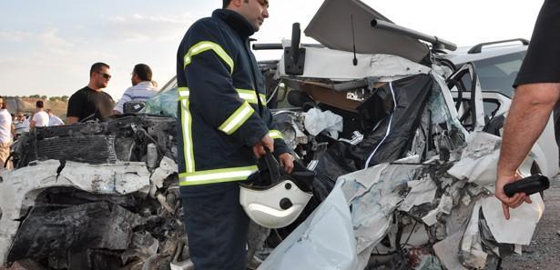 Uşak'ta kaza: 1 ölü, 1 yaralı!