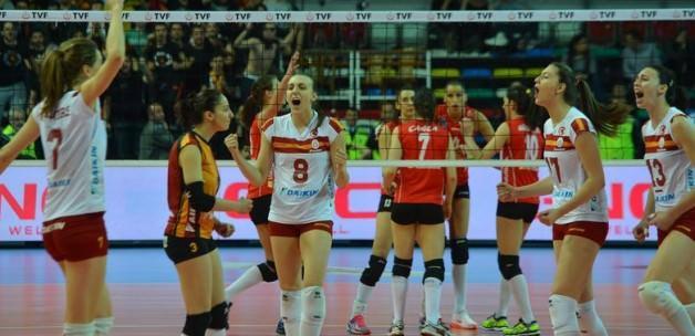 VakıfBank Şampiyonalar Ligi'ne, G.Saray CEV'e!