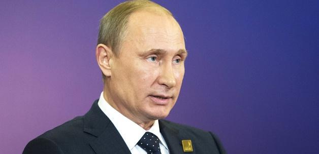 Putin: Rusya'da 3 çocuklu aile standart olmalı