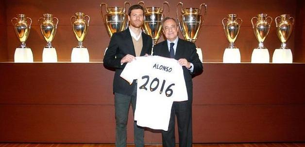 Xabi Alonso Real Madrid'i bırakmadı!