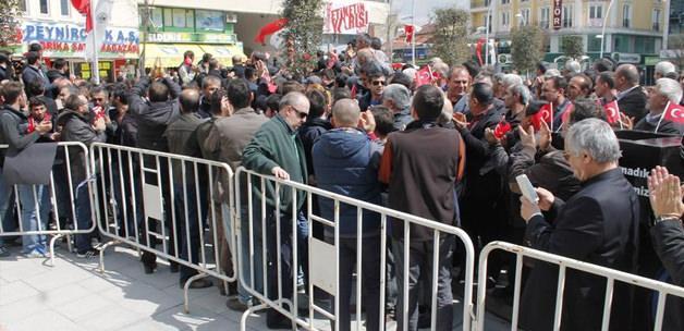 Yüzlerce sanayi esnafı belediyeye yürüdü!