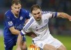 Chelsea şoka girdi, Leicester zirveye uçtu