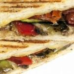 Sağlıklı, Pratik: Izgara Sebze Sandviç